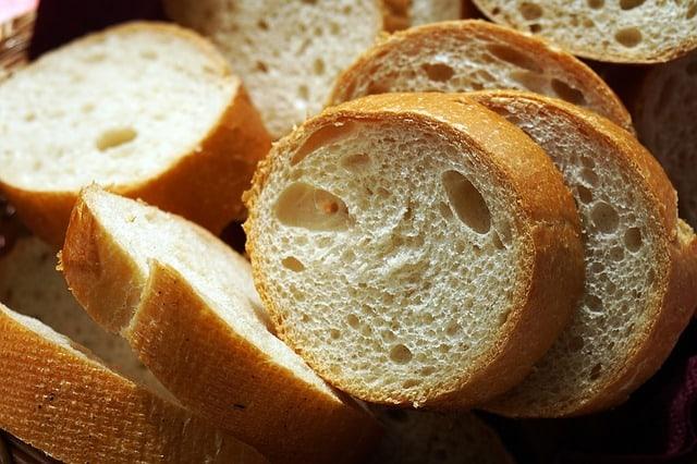 bread-1446669_640